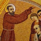 Zwolennicy Karola Marksa i Ojciec Pio